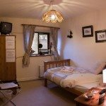 Single bedroom at Causeway House B&B
